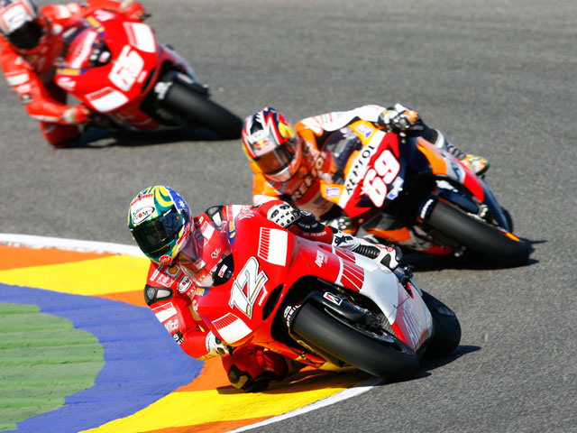 "Troy Bayliss: ""No creo que el duelo con Rossi sea posible"""