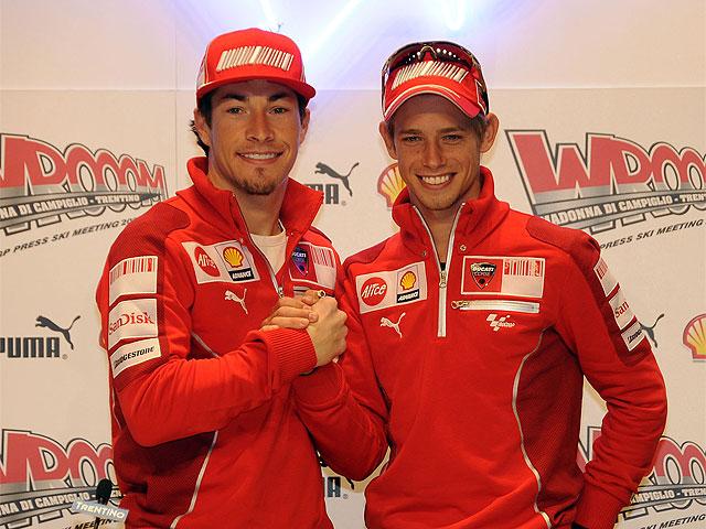 Ducati presenta a Hayden y Stoner en el Wrooom 2009
