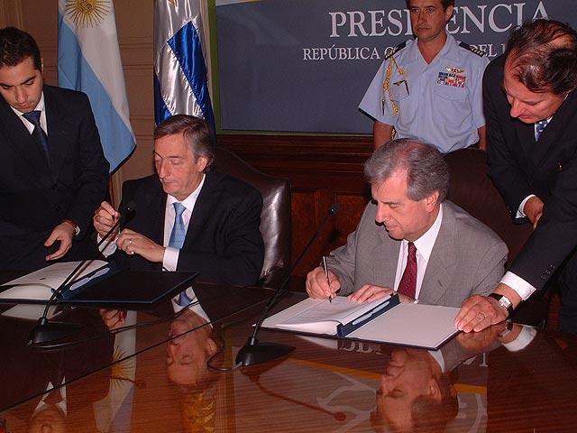 Argentina limita la importación de motos