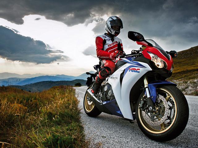 Honda CBR1000RR, ya a la venta