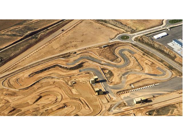 MotorLand Aragón inaugura su circuito de supermotard