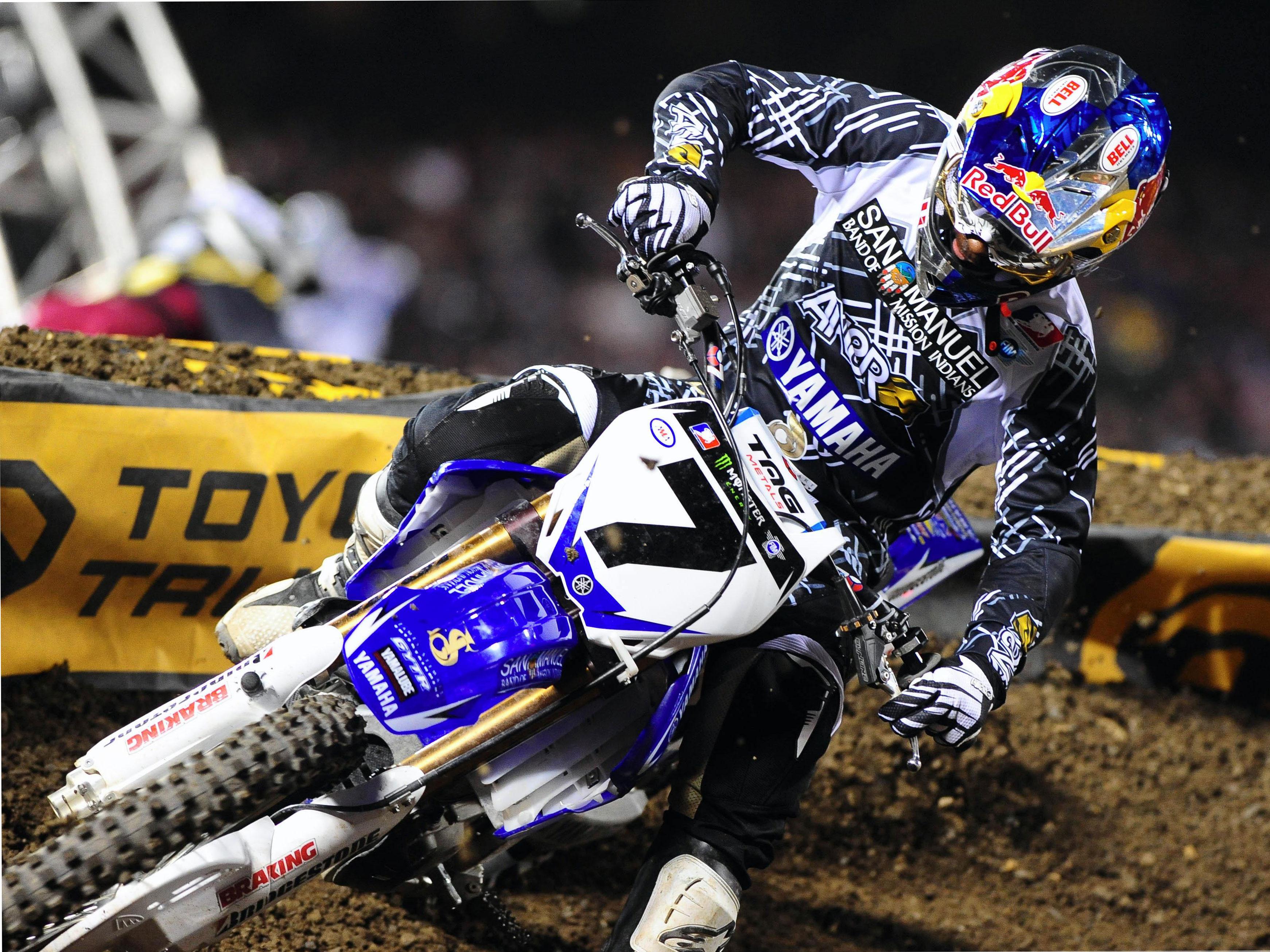 James Stewart (Yamaha) pone la directa