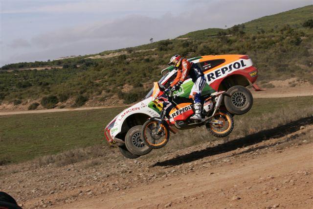 Repsol se plantea su futuro en el Dakar
