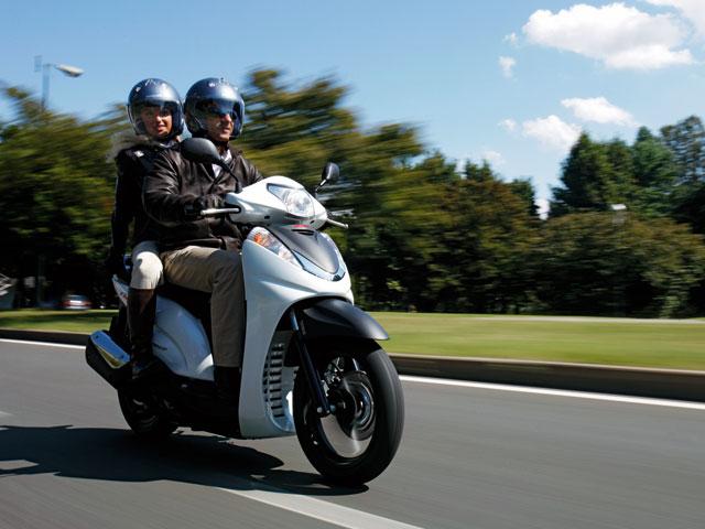 Honda Scoopy SH300i Sport