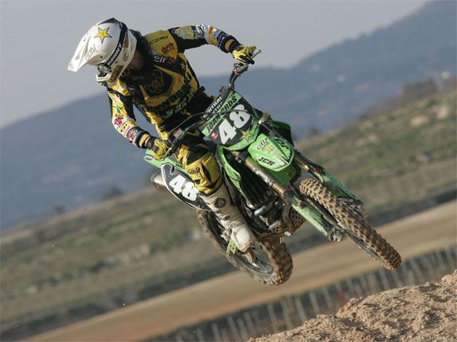 Álvaro Lozano (Yamaha) domina en el Motocross de Albaida