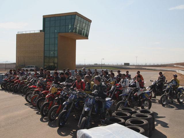 Éxito en el circuito de Supermotard de Motorland Aragón