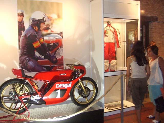 Motos y pilotos campeones