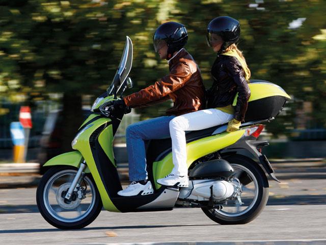 Las matriculaciones de motos y ciclomotores cayeron un 54,47 por ciento