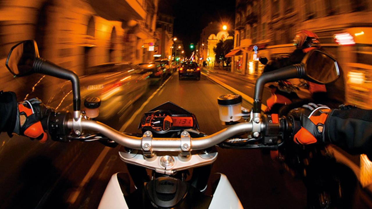 Madrid prohibirá circular a motos sin etiqueta ambiental en días de alta polución