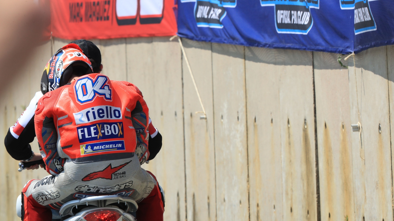 """Andrea Dovizioso cree que hubiera ganado y aspira al título: """"No veo que sea imposible"""""""