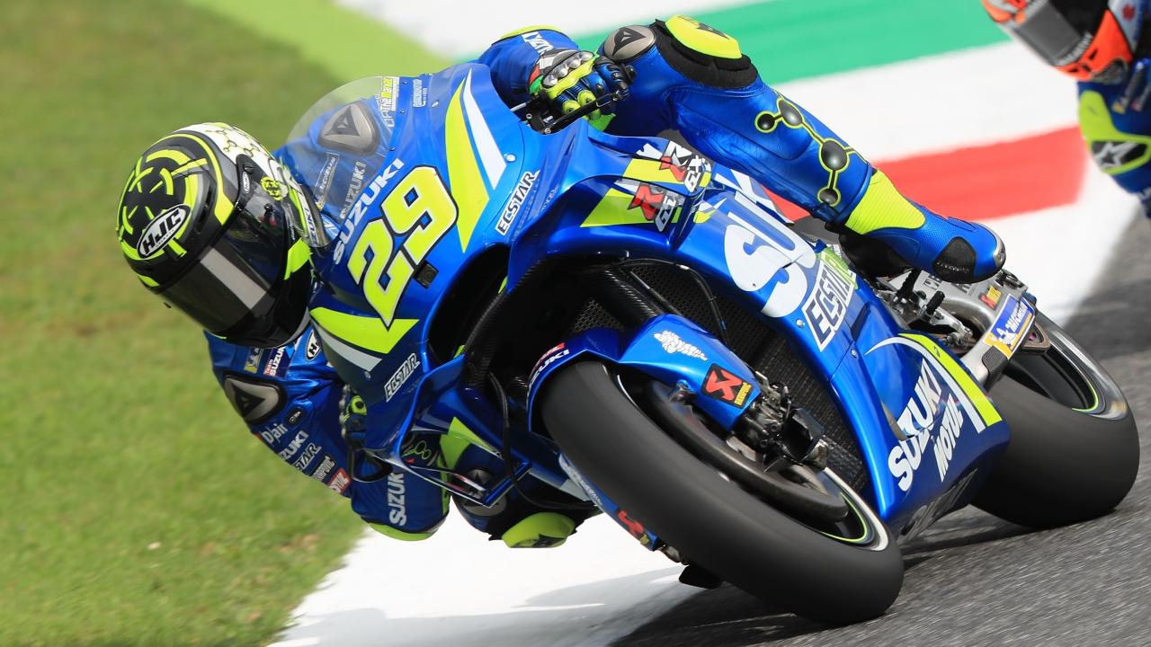 Andrea Iannone comanda MotoGP en Mugello en un viernes lleno de incidentes