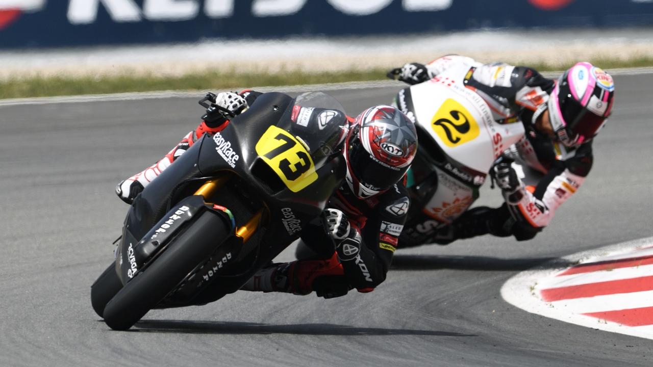 Jesko Raffin y Augusto Fernández se reparten las victorias de Moto2 en Barcelona