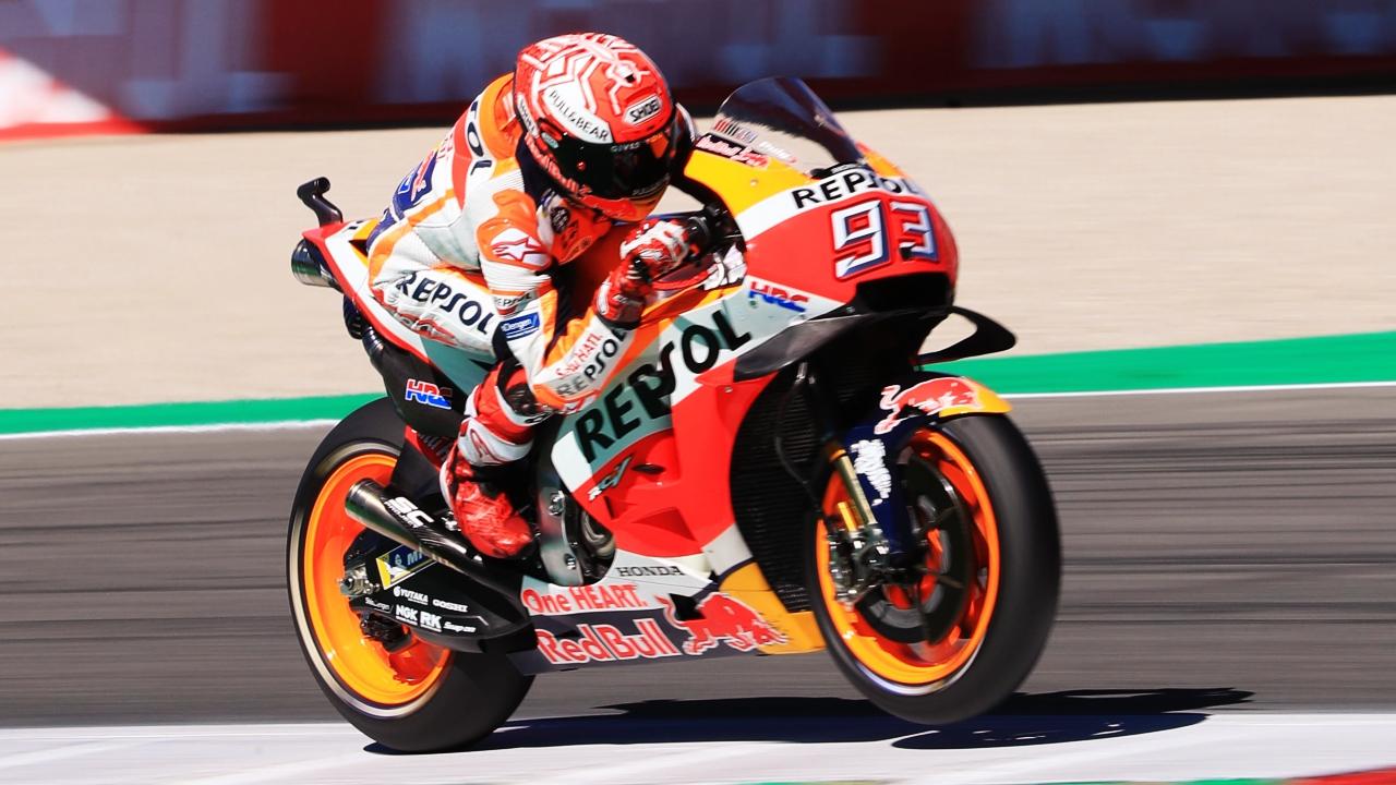 Marc Márquez triunfa en Assen en la mejor carrera de la historia de MotoGP