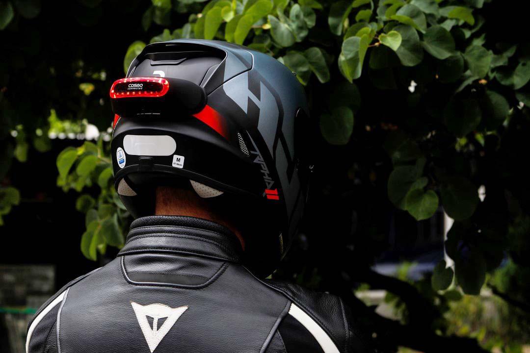 Luz de freno para casco Cosmo Connected, Producto Probado