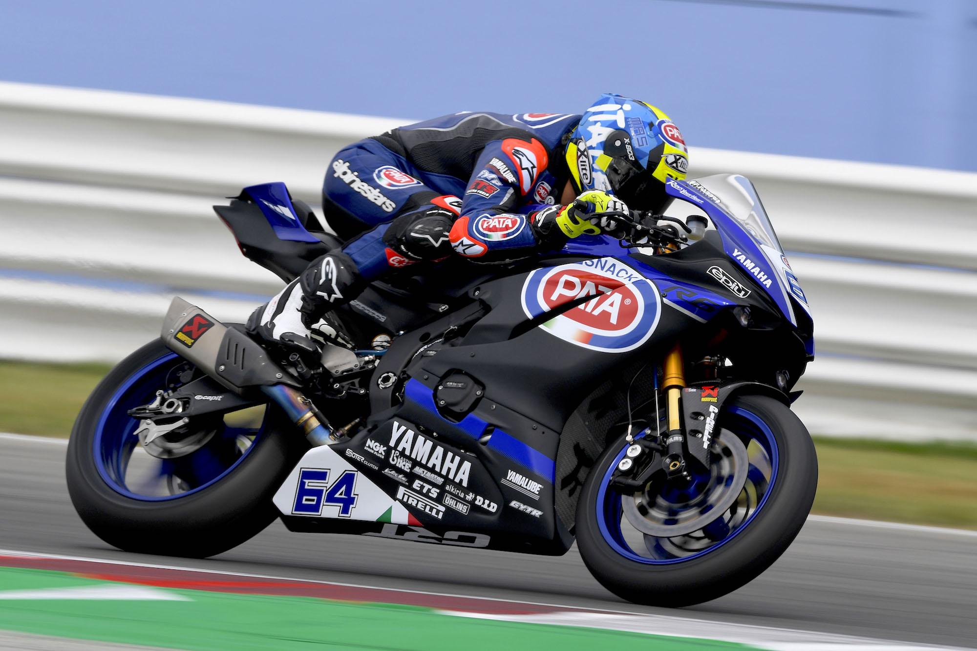 Dominio absoluto de Federico Caricasulo en la carrera de Supersport en Misano