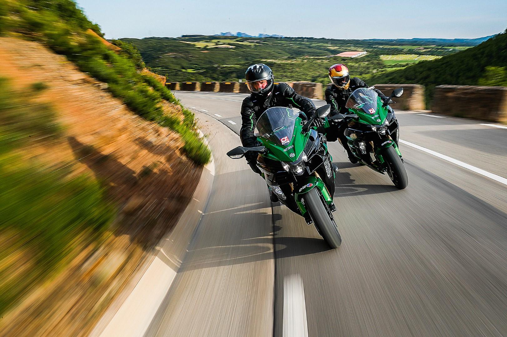 Desafío Ninja H2 SX en la Rider 1000