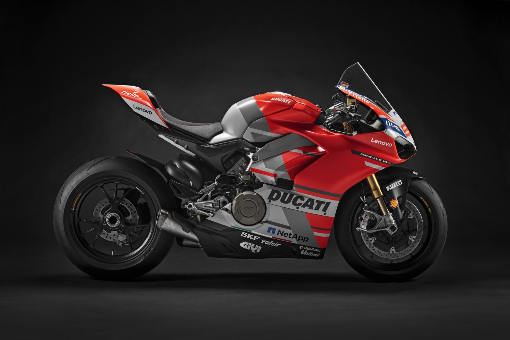Ducati subastará 12 Panigale V4 en la WDW 2018