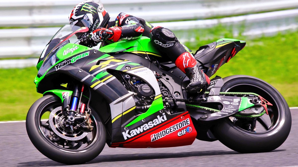 Jonathan Rea bate el récord de las 8 horas de Suzuka y hace soñar a Kawasaki