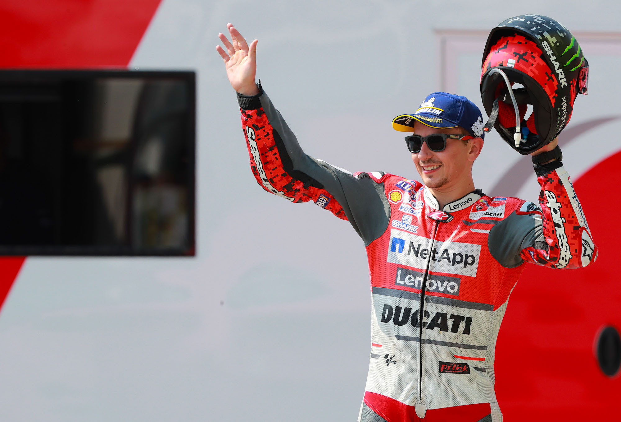 """Jorge Lorenzo: """"No hay guerra en Ducati, si no hay declaraciones fuera de pista no pasa nada"""""""