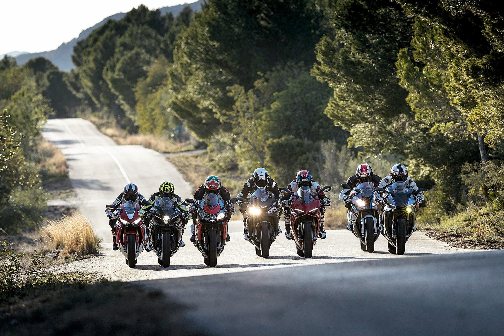 Comparativa Superbike 2018: el último avance de Ducati frente a las establecidas