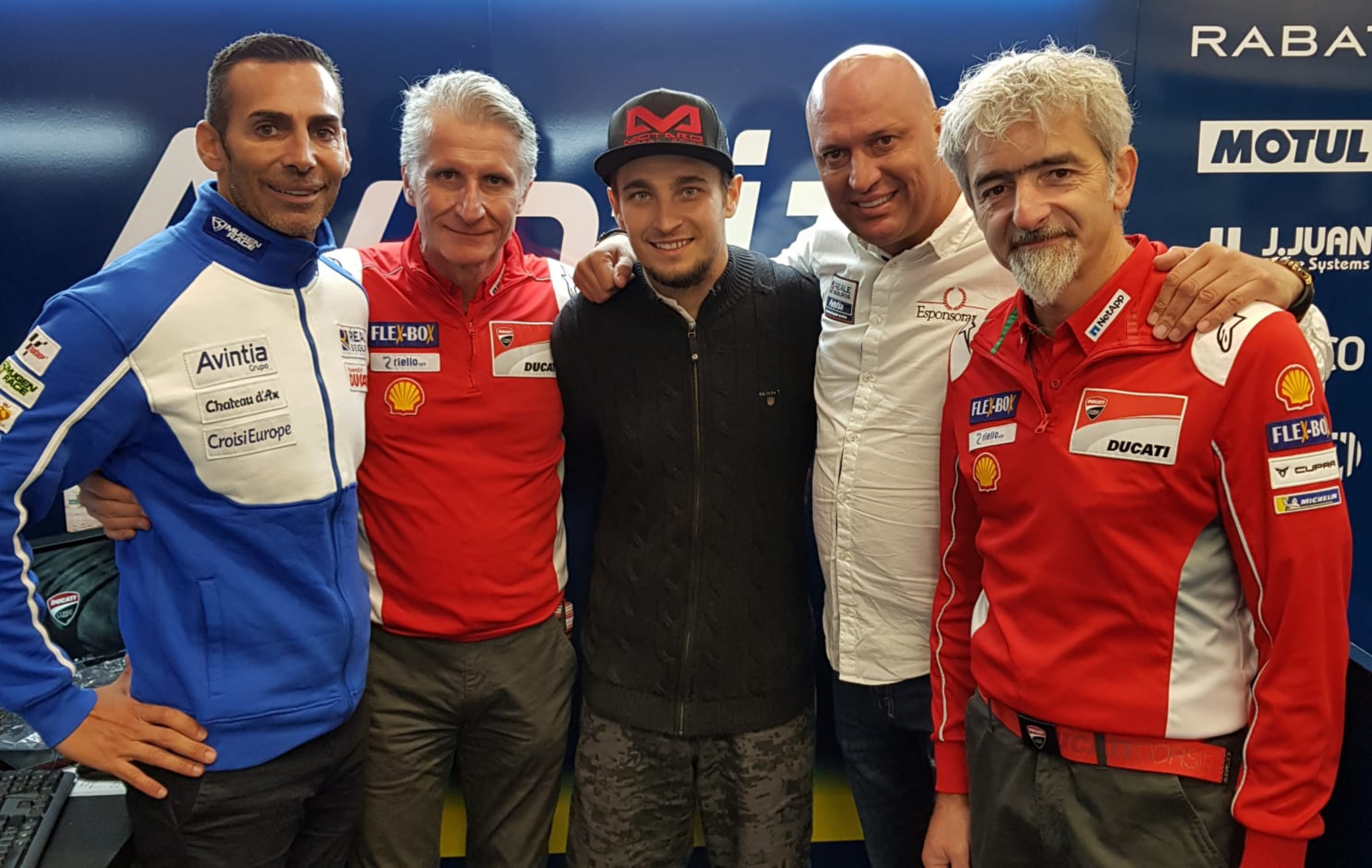 Karel Abraham continúa en MotoGP en 2019 y 2020 con el Reale Avintia