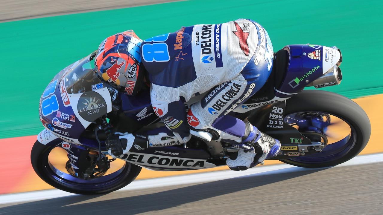 Jorge Martín asusta al lograr la pole de Moto3 con increíble autoridad en Motorland