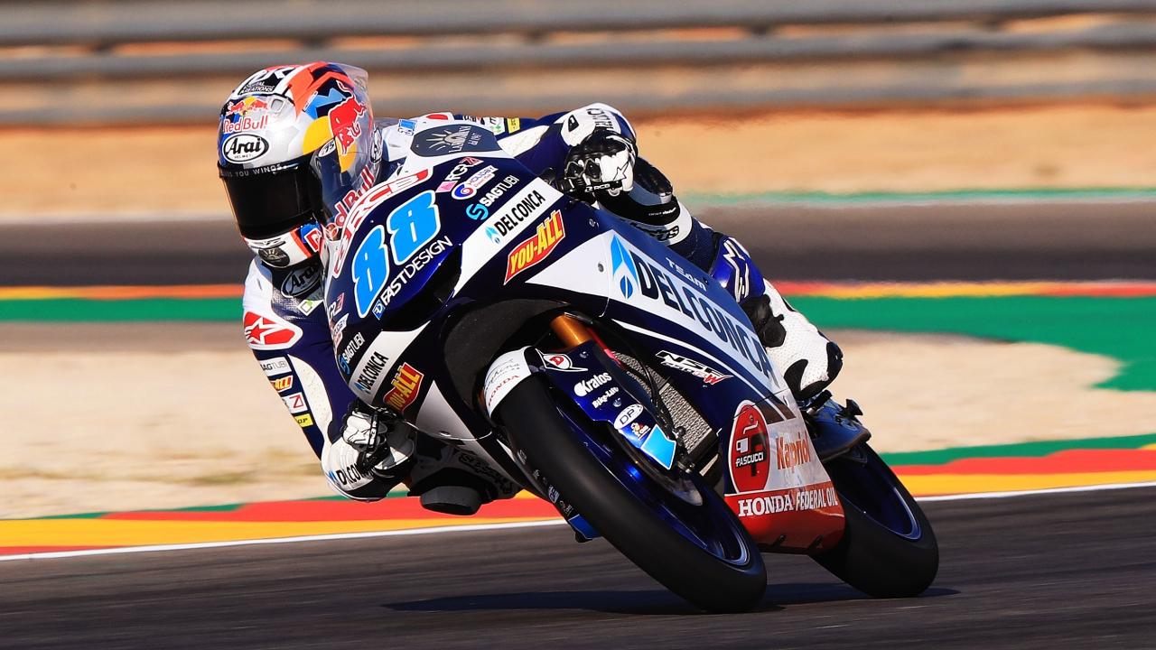 Jorge Martín vence en Motorland con una exhibición para la historia de Moto3