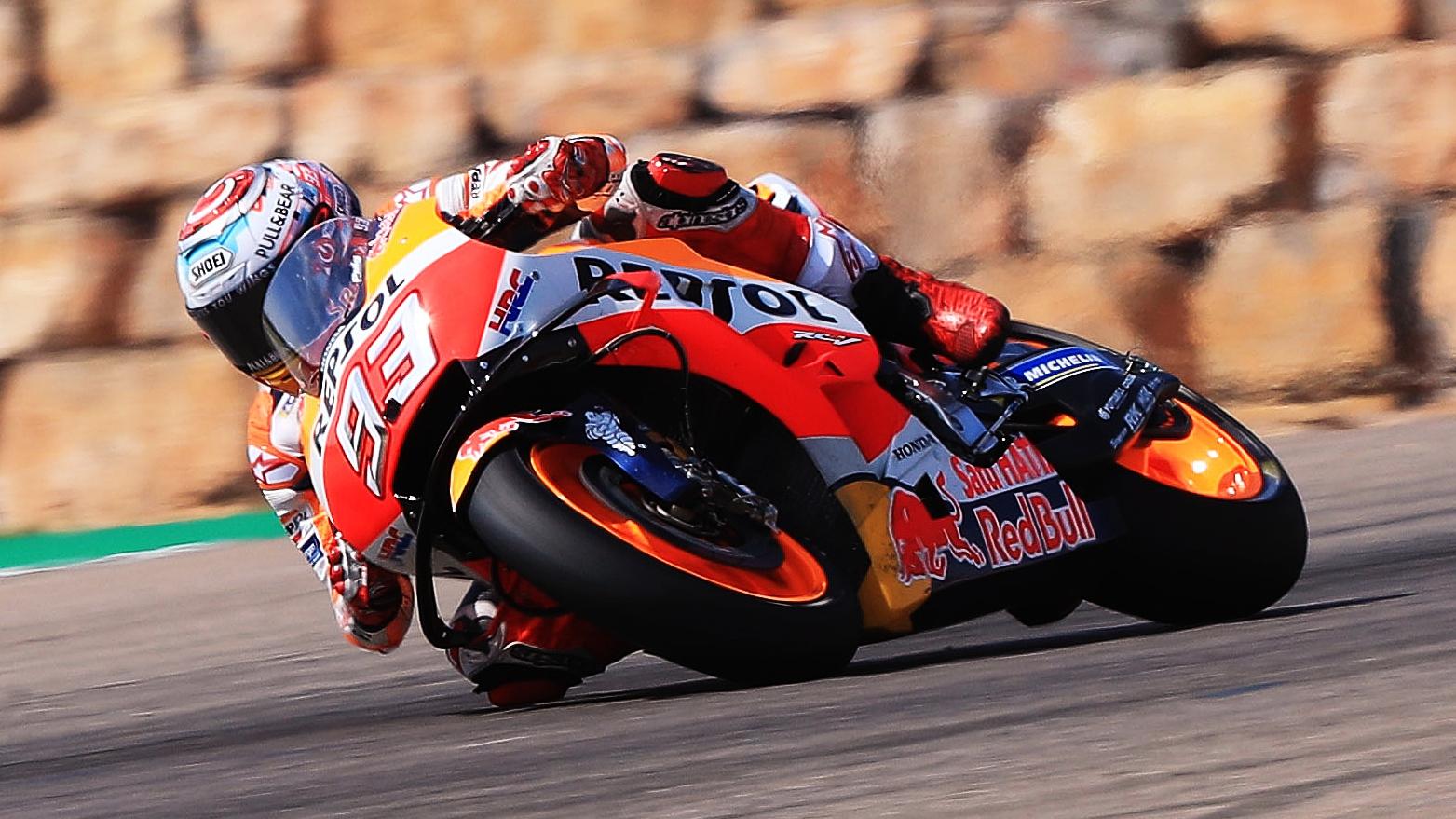 Marc Márquez derrota a Andrea Dovizioso en un duelo colosal de MotoGP en Aragón