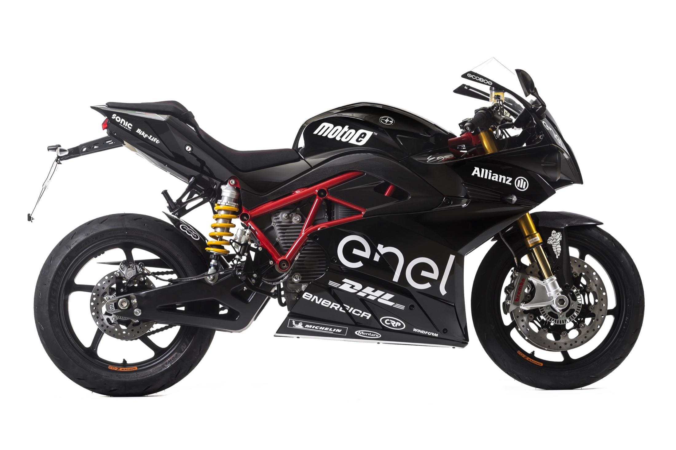 Energica luce MotoE eléctrica de MotoGP en el Intermot de Colonia