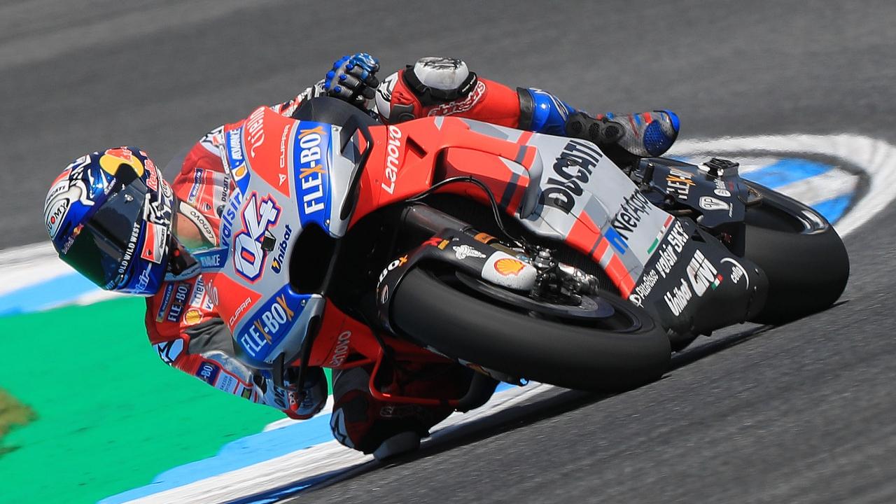 Andrea Dovizioso lidera los libres en Tailandia y Jorge Lorenzo sufre una extraña caída