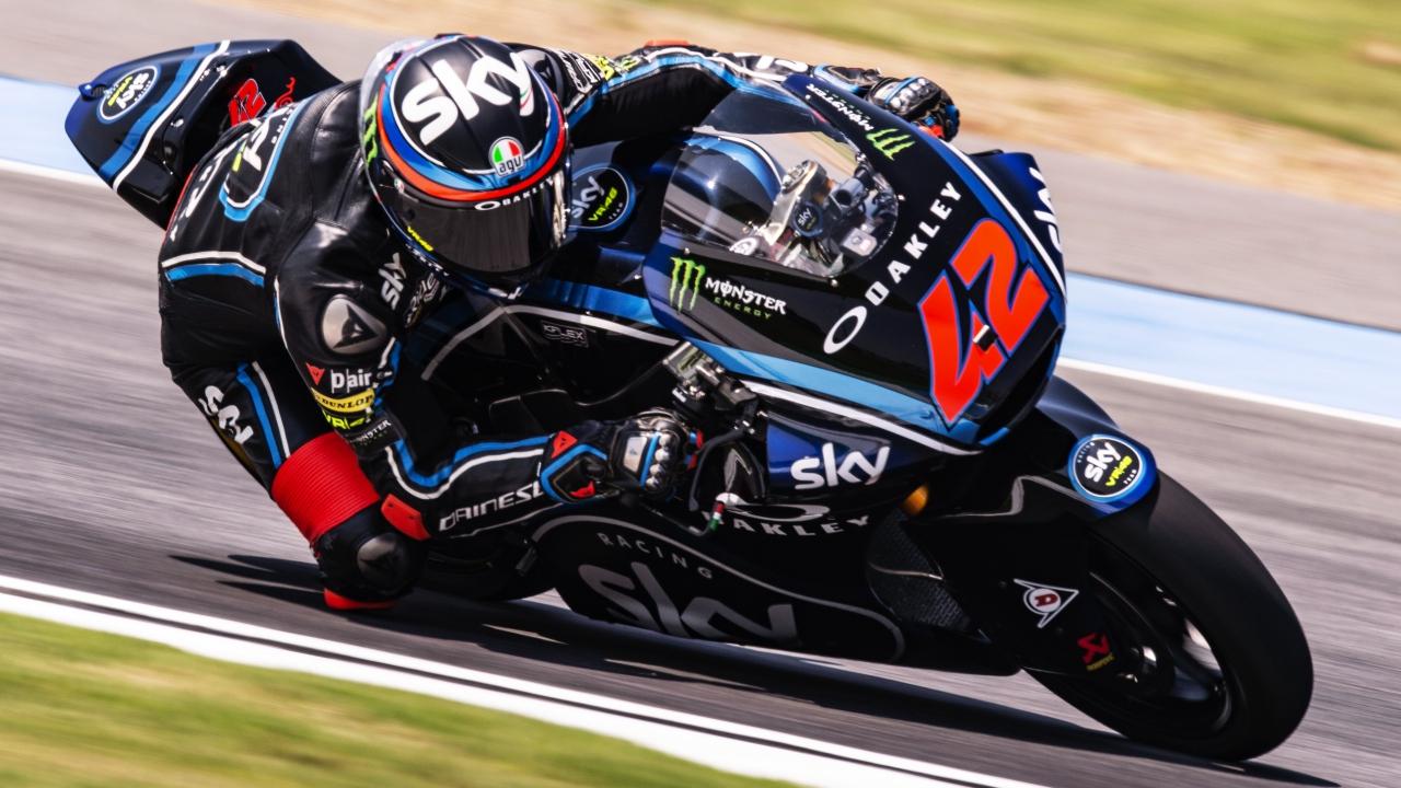 Pecco Bagnaia vence en Tailandia y da dos pasos más hacia el título de Moto2