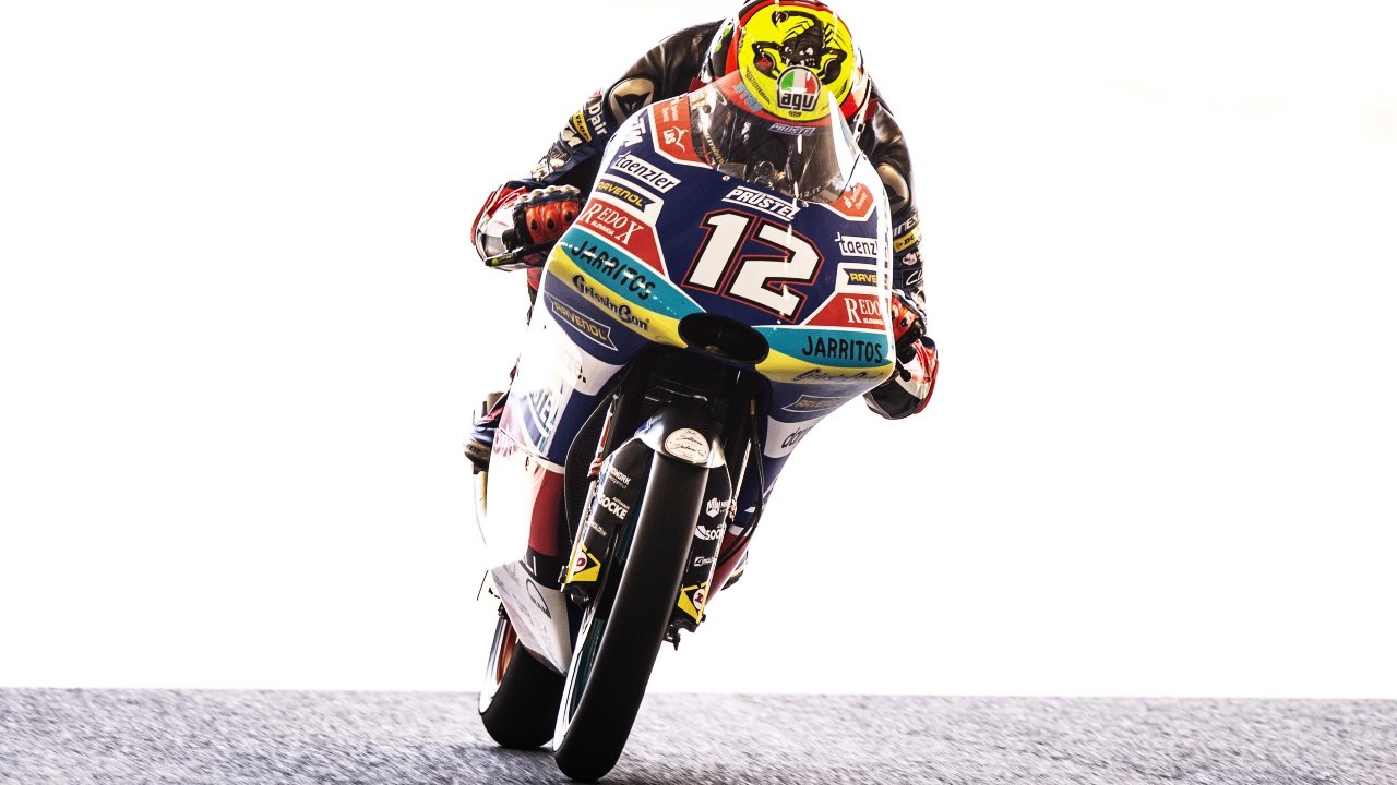 Marco Bezzecchi vence en Japón y la caída de Jorge Martín abre el Mundial de Moto3