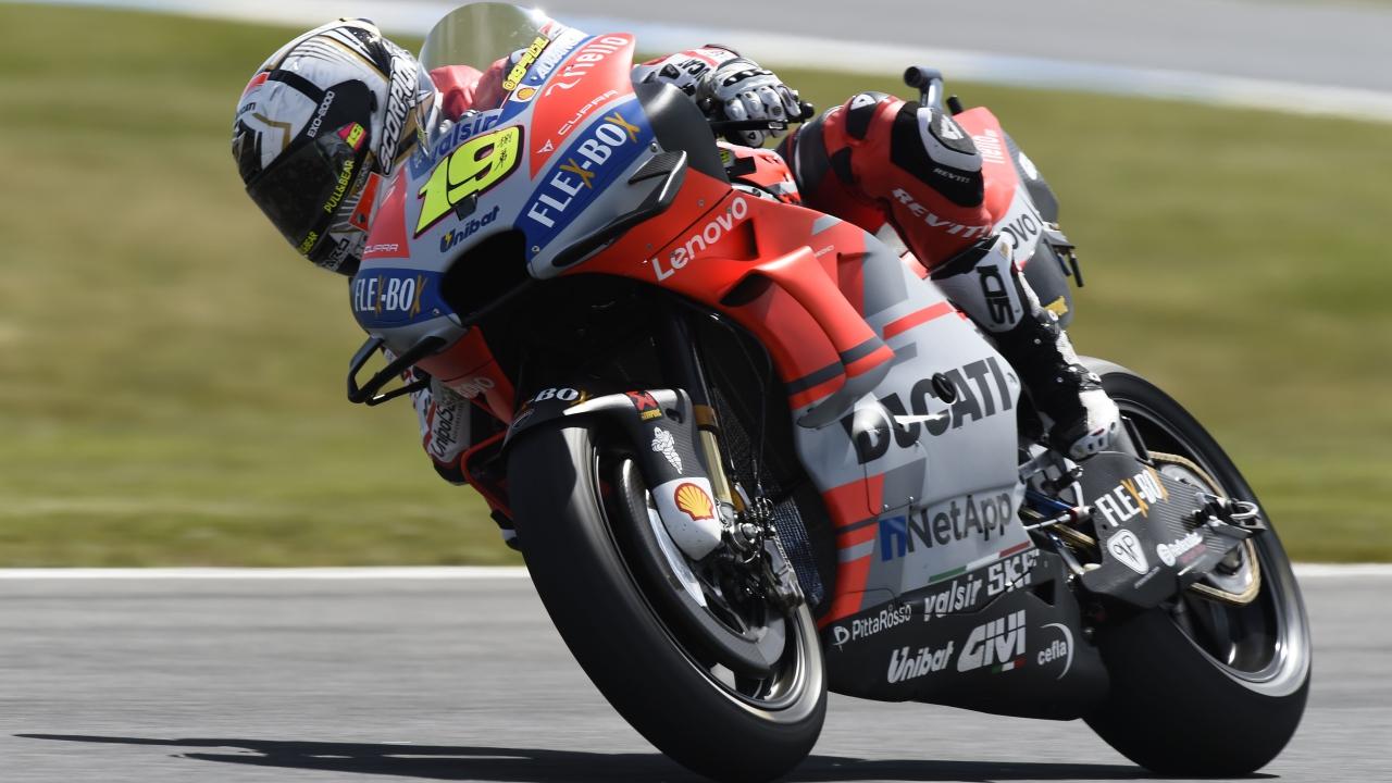 """Álvaro Bautista: """"El motor de la Ducati GP18 es mucho más fácil de llevar"""""""