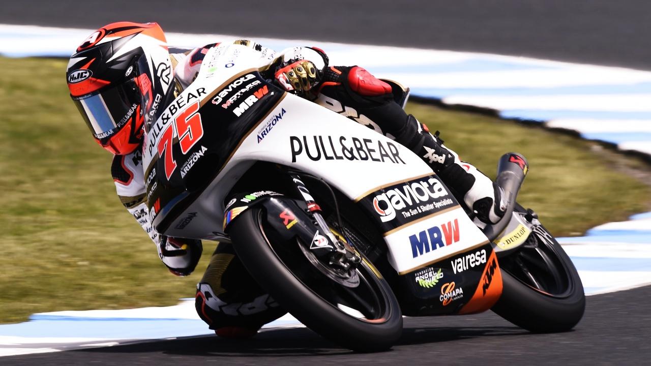 Albert Arenas vence la carrera más loca en Australia y Jorge Martín es más líder de Moto3