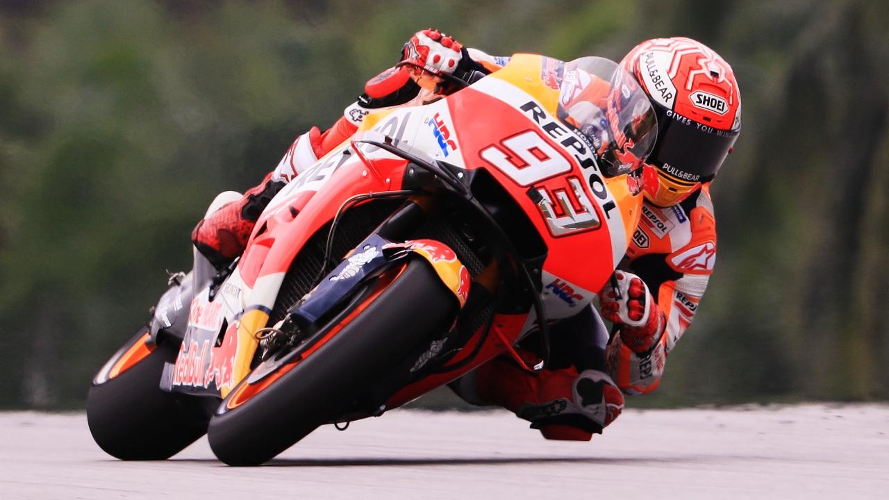 Marc Márquez hace la pole de MotoGP en Malasia con Valentino Rossi en primera fila