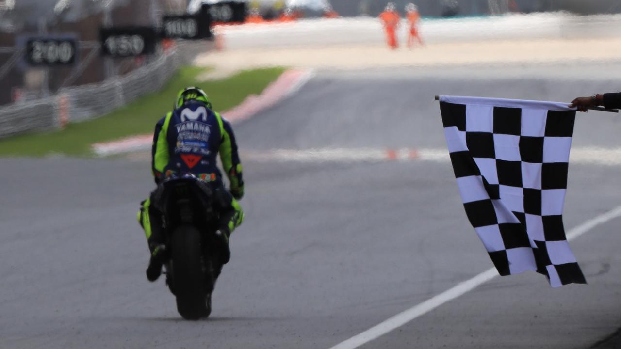 MotoGP 2018 - Píldoras Malasia: Lágrimas de ganador, historia esquiva y el tiempo frenado