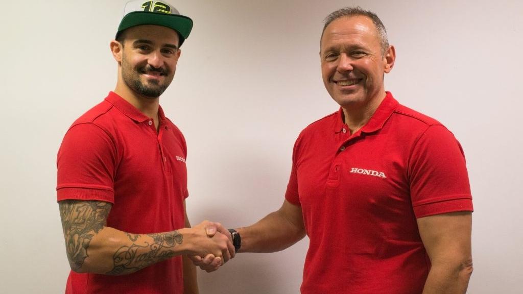 Xavi Forés deja el Mundial de Superbike y se va al BSB 2019 con Honda oficial