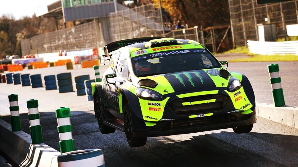 Valentino Rossi arrasa en el Rally de Monza 2018 venciendo todos los tramos