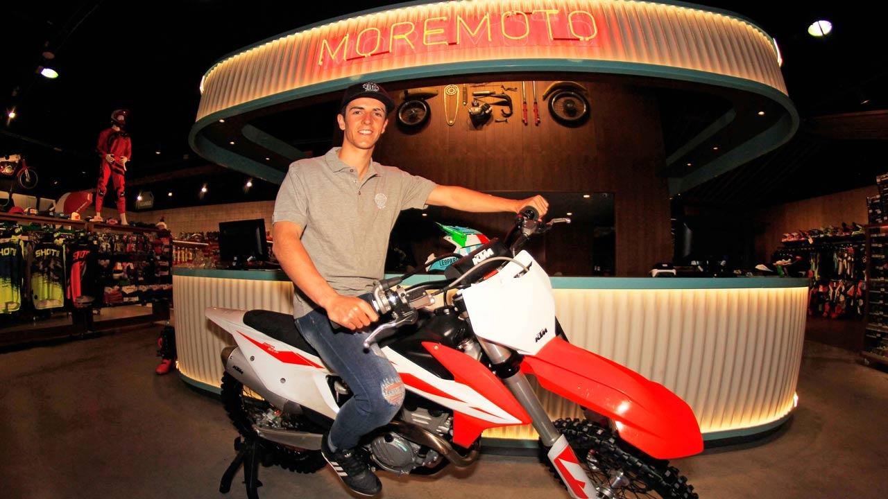 Iker Larrañaga, con el apoyo de Moremoto Racing
