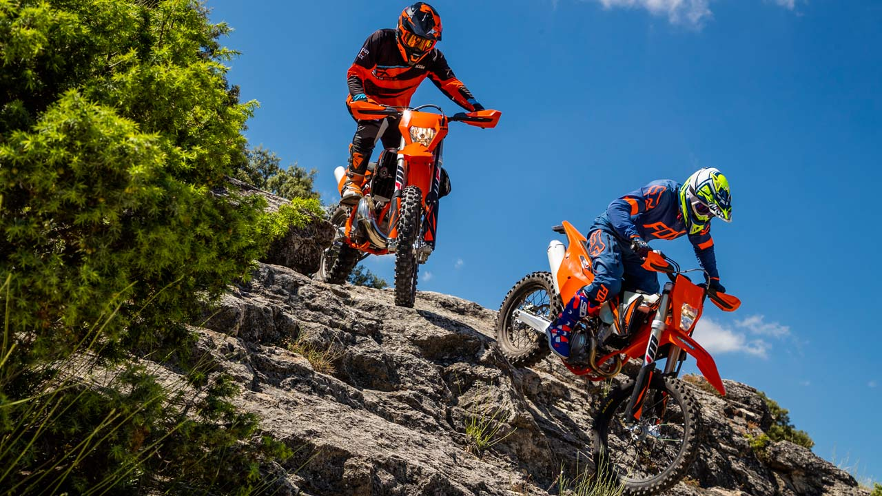 Comparativa enduro KTM 250 2T vs KTM 250 4T