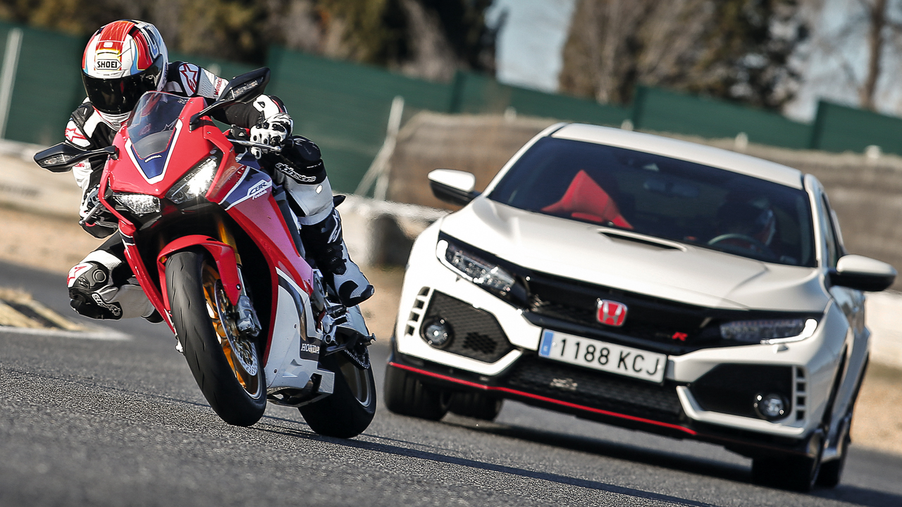 Honda Civic Type T vs Honda CBR 1000 RR SP en Jarama
