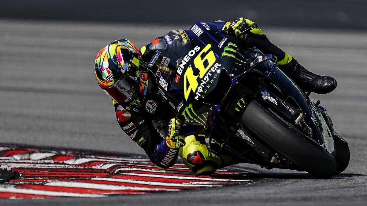 Maverick Viñales y Valentino Rossi destacan su gran ritmo de carrera con la nueva M1