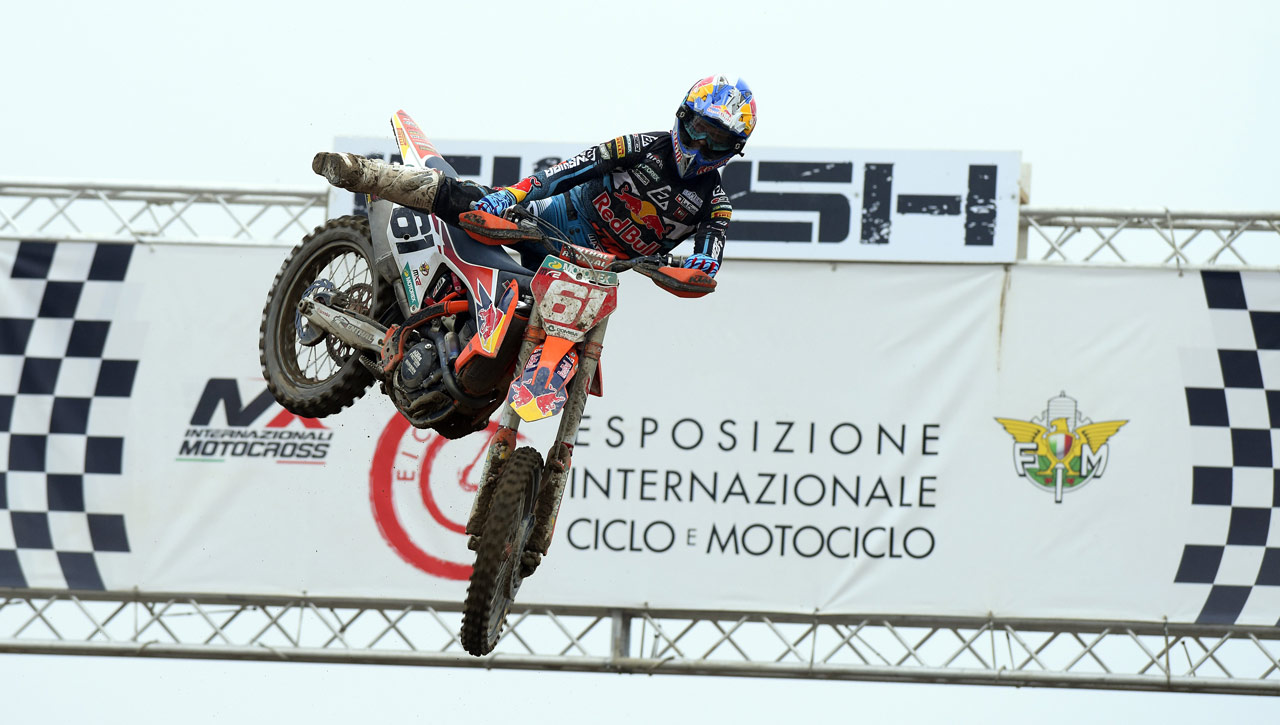 Prado y Cairoli cierran con éxito el Internacional de Motocross italiano