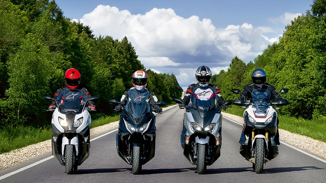 Comparativa Megascooter, BMW C 650 Sport vs Honda X-ADV vs KYMCO AK 550 vs Yamaha TMAX SX