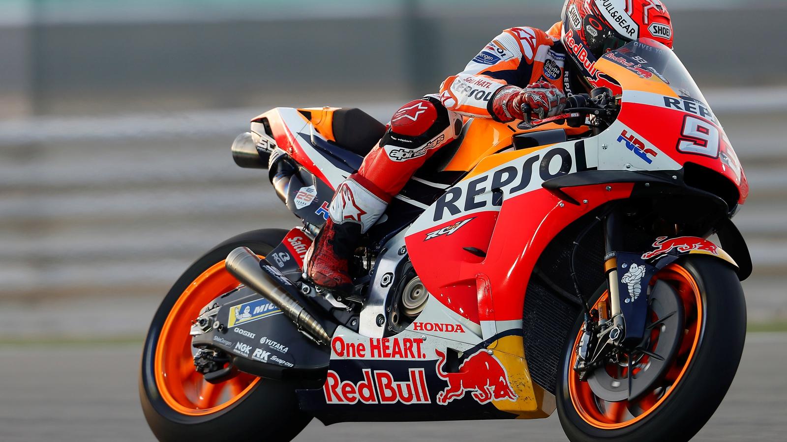 Marc Márquez revienta el récord de Qatar en el primer día de libres de MotoGP 2019