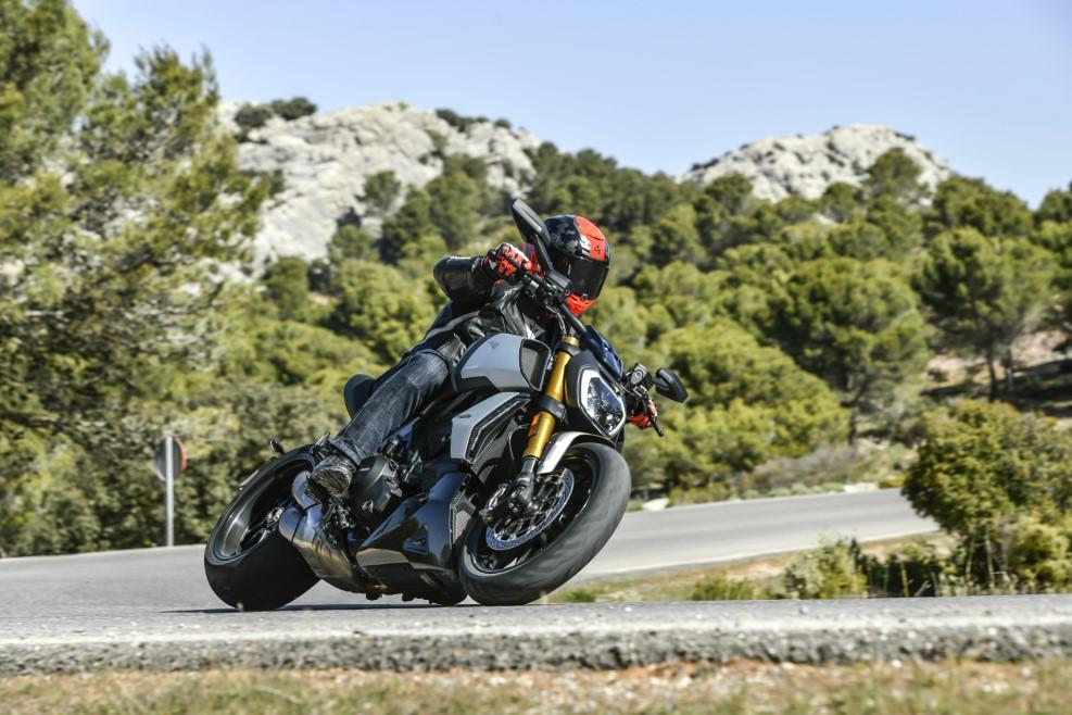 Ducati Diavel 1260 S 2019, prueba, ficha técnica y primeras impresiones