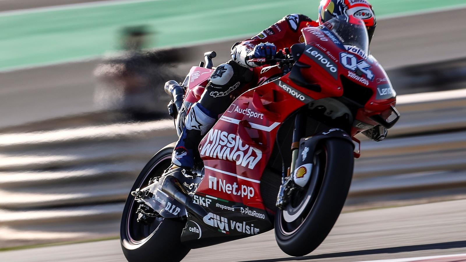 Andrea Dovizioso lidera los libres de MotoGP en Argentina pero Marc Márquez es favorito