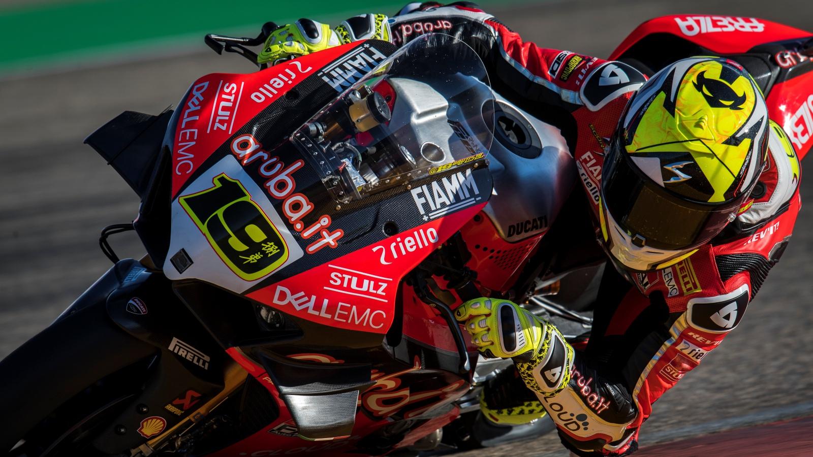 Superbike decide quitar 250 revoluciones a Ducati tras el dominio de Álvaro Bautista