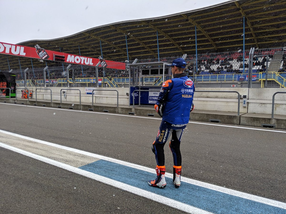 Cancelada la carrera de hoy de Superbike en Assen