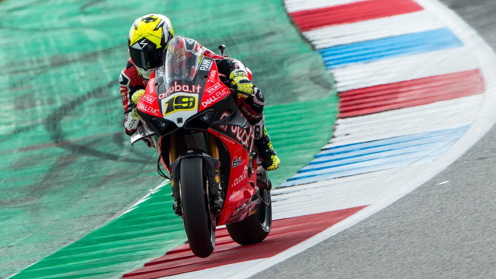 Álvaro Bautista también conquista la Catedral de Assen y hace historia en el Mundial de Superbike